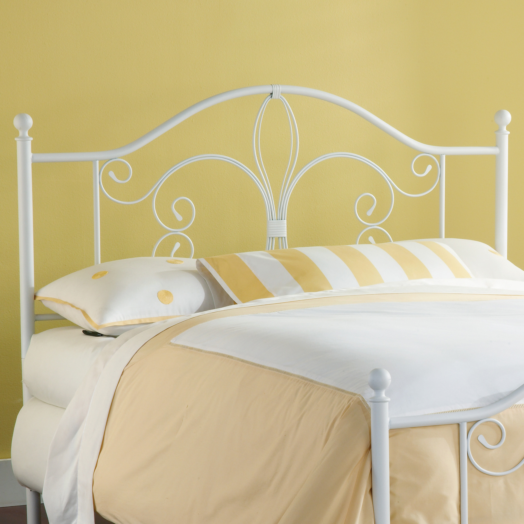 Ruby Headboard With Rails - King, WHITE