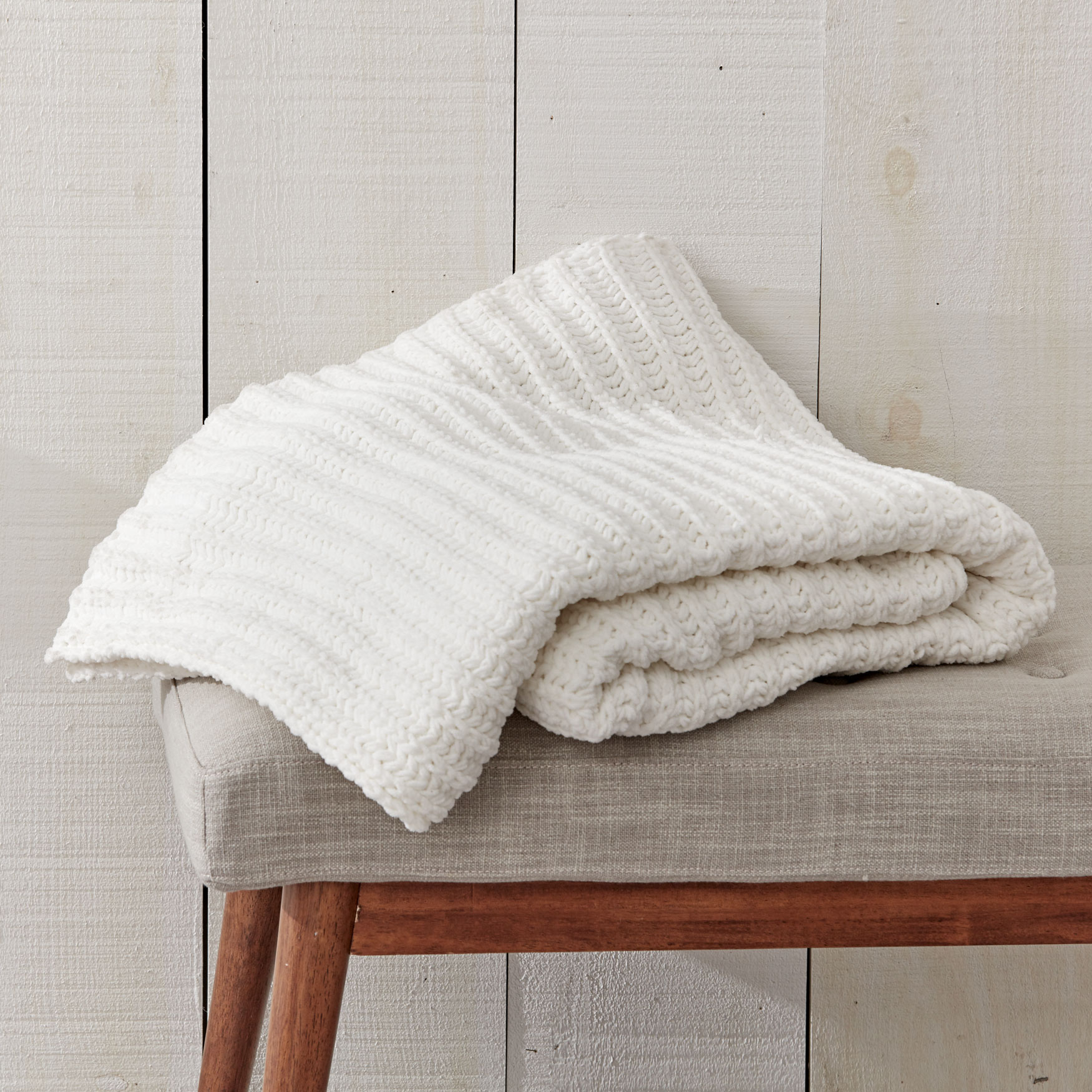 Cassie Chenille Throw,