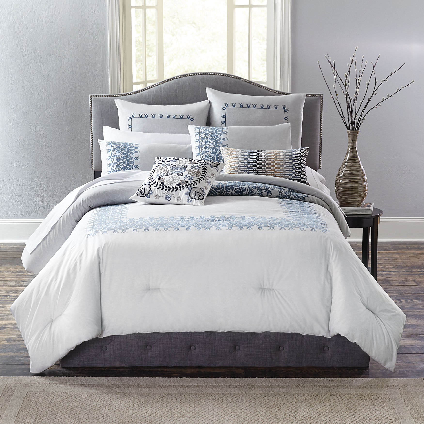 Margot Puff Printed Comforter,