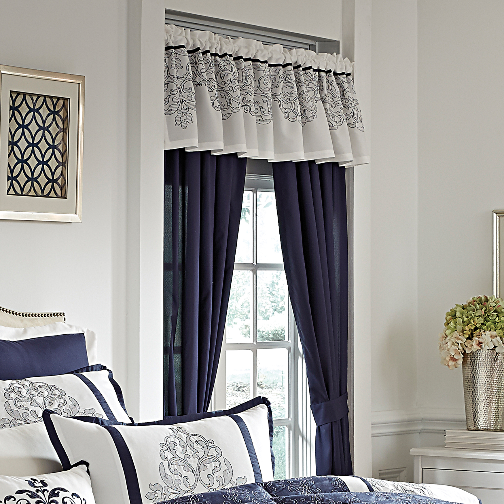 Victoria Panel Set with Tiebacks, NAVY WHITE