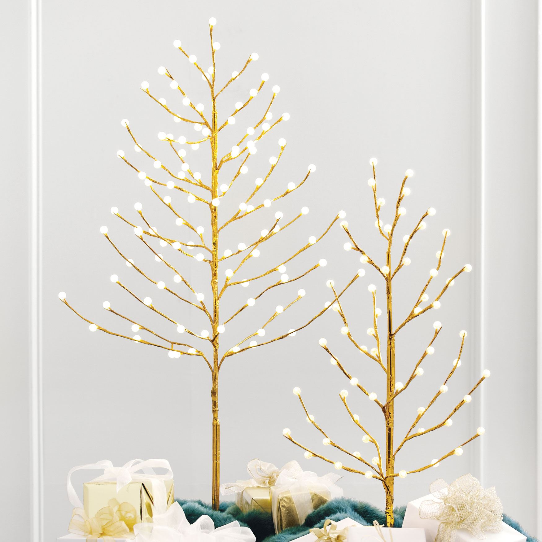 4' Lighted Gold Bead Tree, GOLD