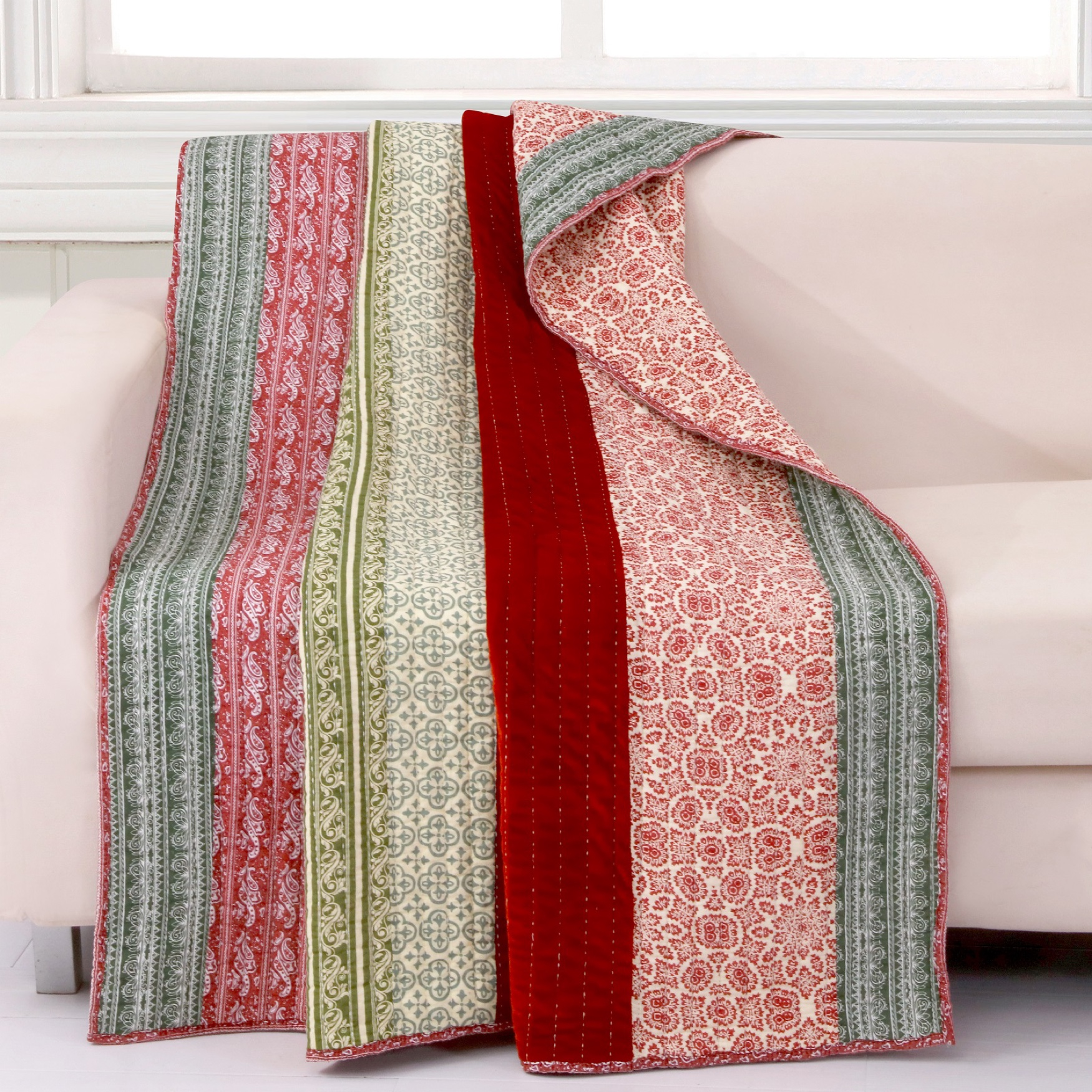 Greenland Home Fashions Marley Quilted Throw Blanket, CRANBERRY