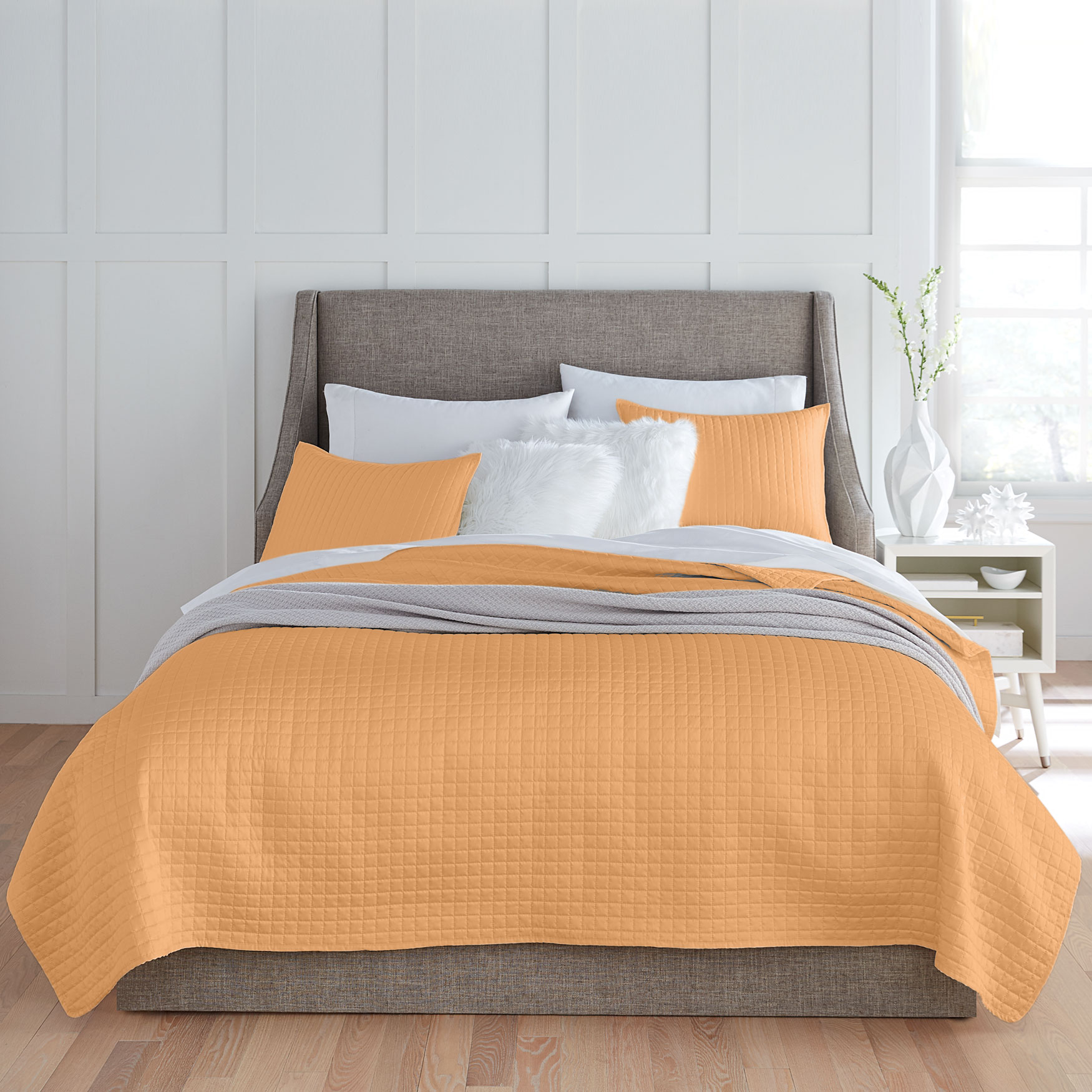 Billie Matte Satin Quilt,
