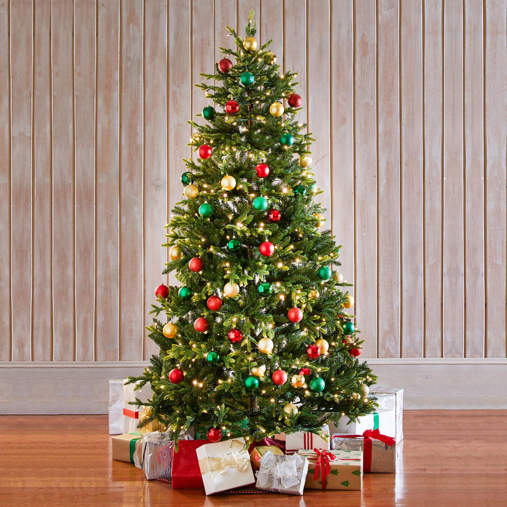 Fraser Fir Christmas Trees: 7½'H Fraser Fir Tree