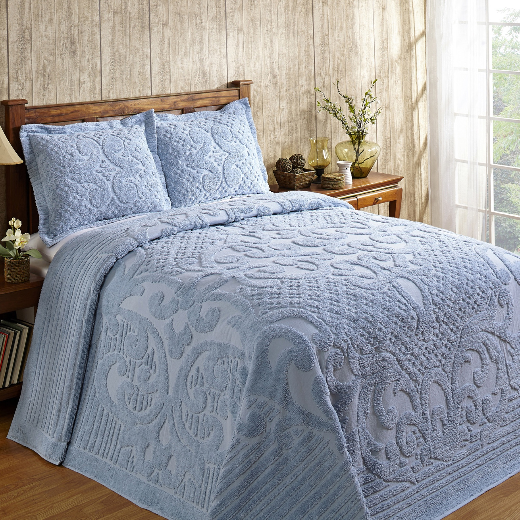Ashton Collection Tufted Chenille Bedspread ,