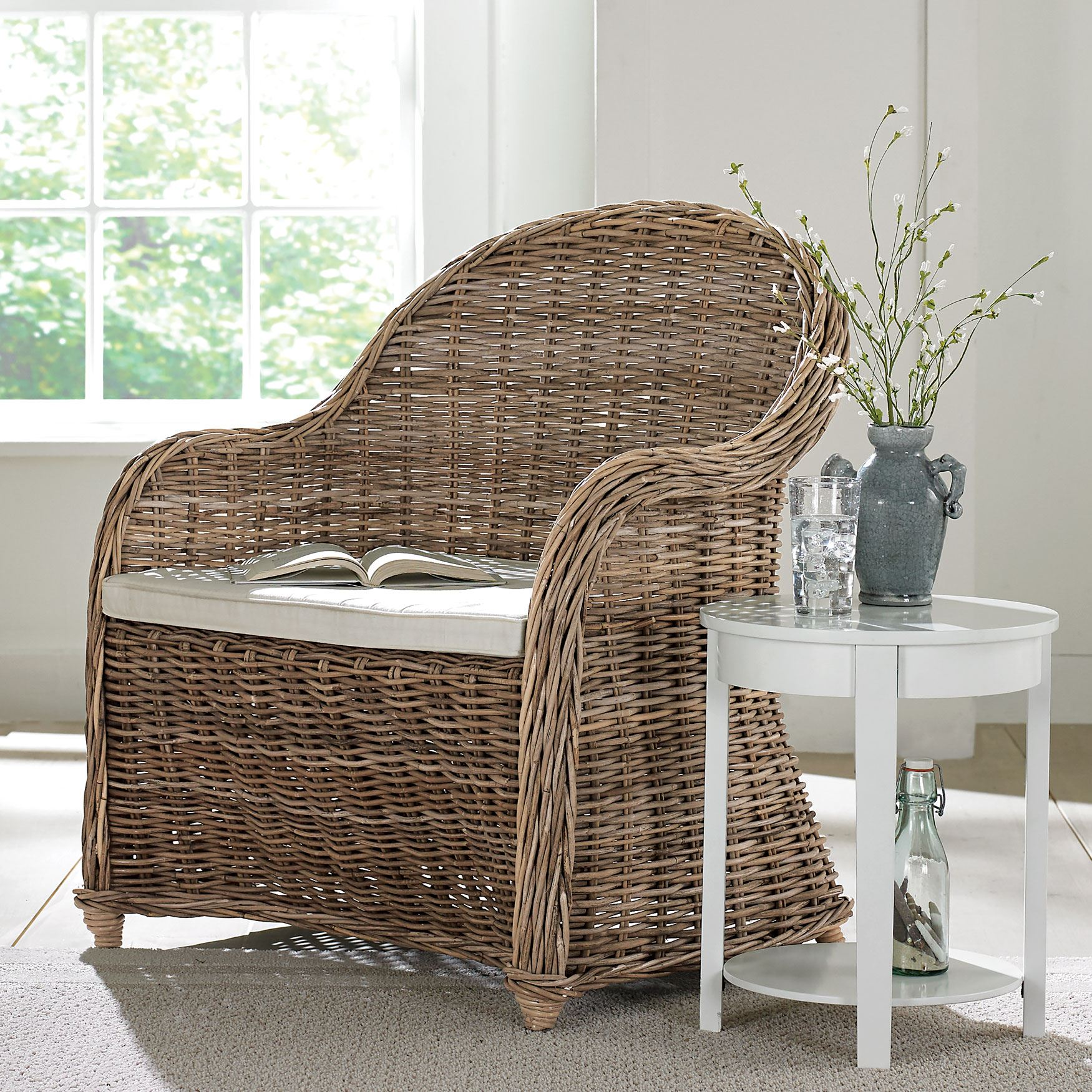 whitman oversized wicker chair plus size furniture brylane home rh brylanehome com
