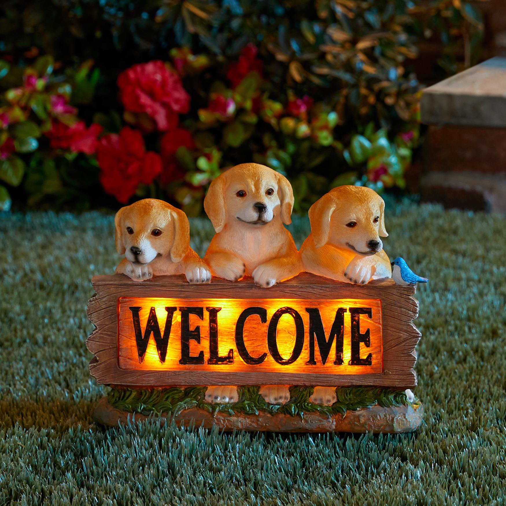 3 Dogs Solar Welcome Sign, BROWN