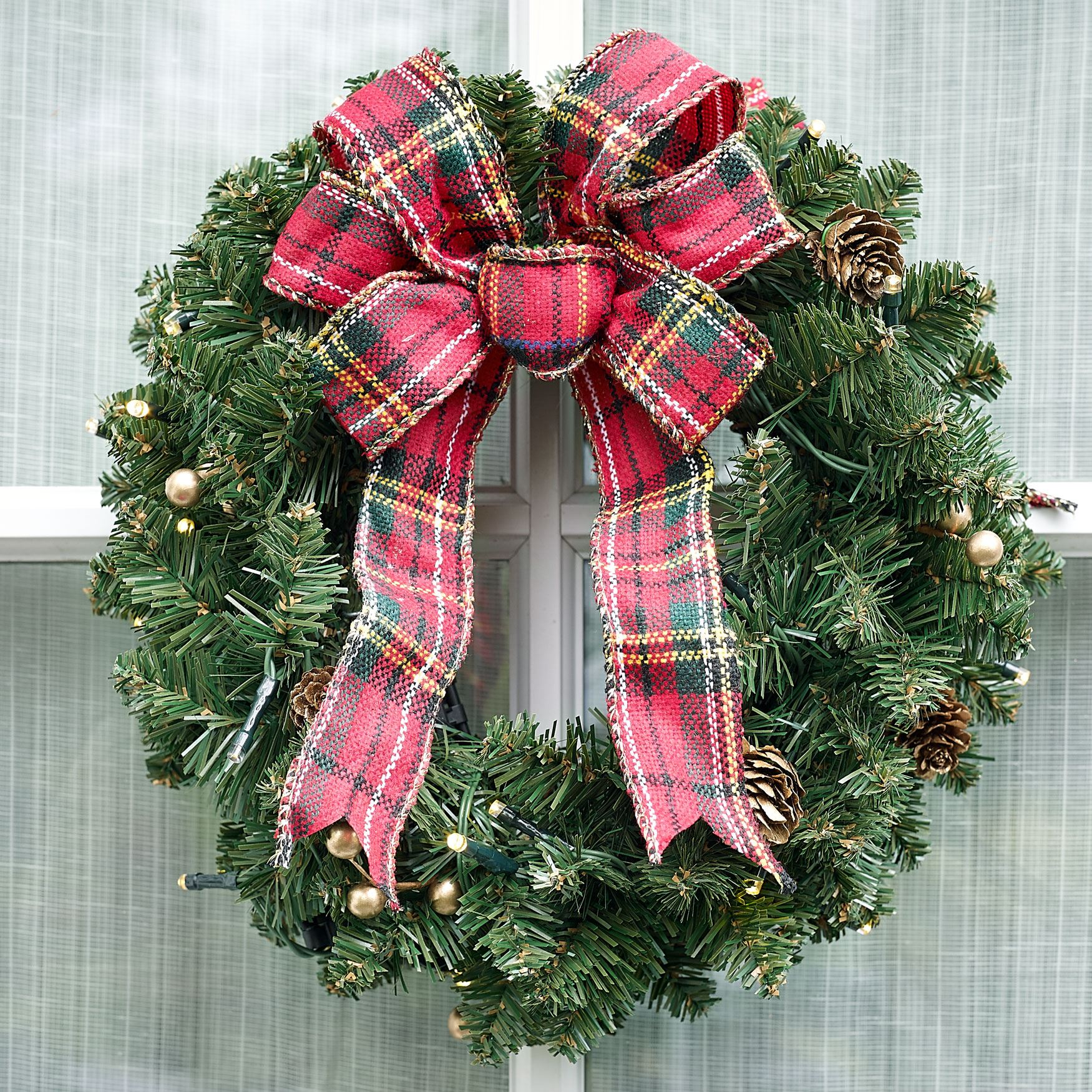 Small Pre-Lit Double-Sided Wreath , GREEN