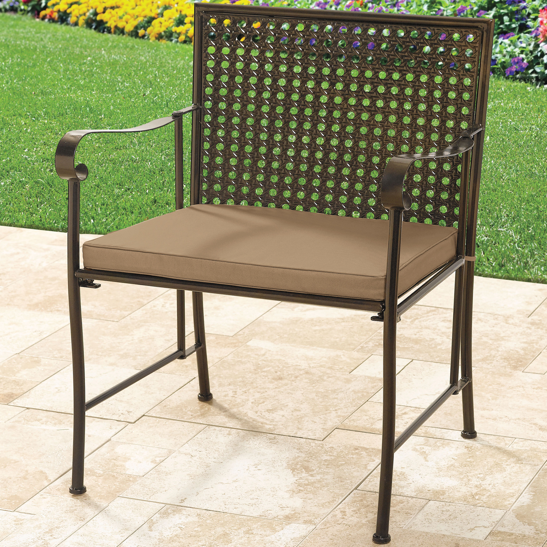 Extra wide metal folding chair