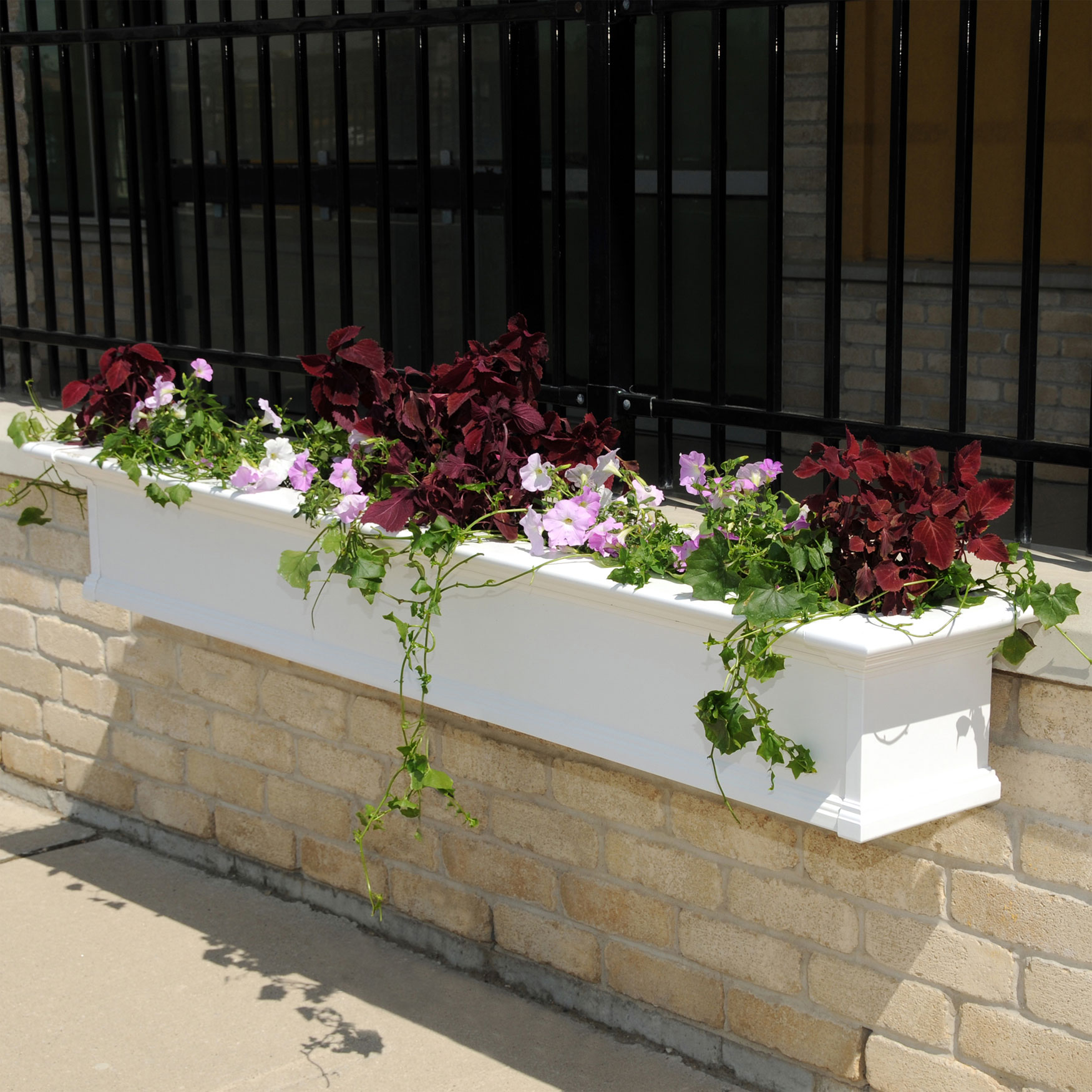 Mayne® Yorkshire 7' Window Box, WHITE
