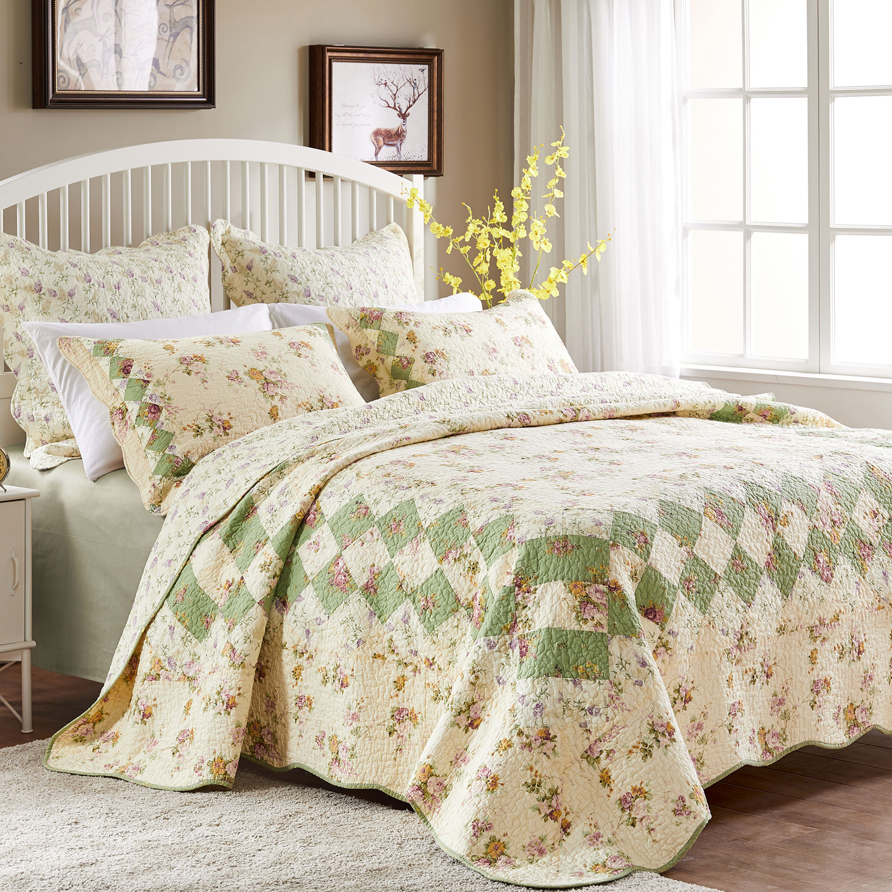 Bliss Quilt Set by Greenland Home Fashions,