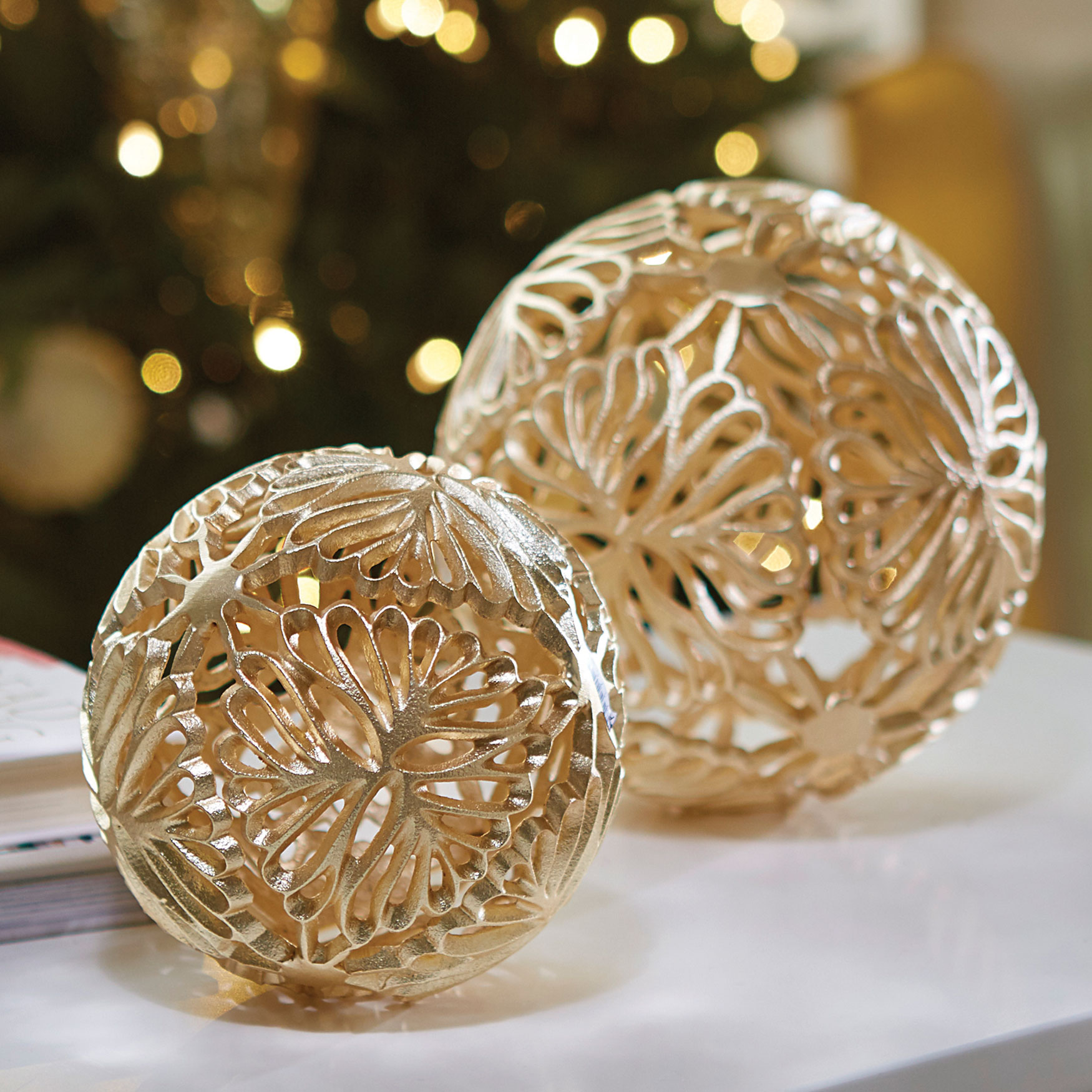 Large Flower Ball , GOLD